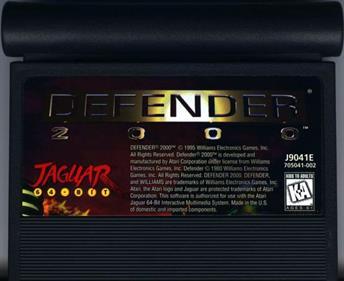Defender 2000 - Cart - Front